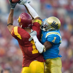 188_1usc_ucla_catch